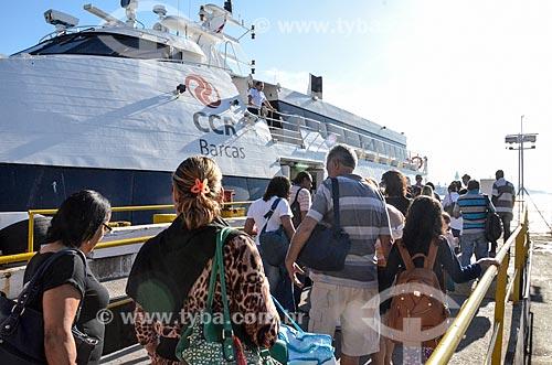 Passageiros embarcando para a Ilha de Paquetá na Estação Hidroviária da Praça XV  - Rio de Janeiro - Rio de Janeiro (RJ) - Brasil