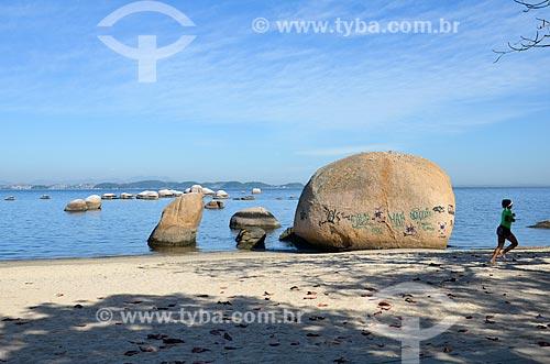 Pedra dos Namorados na Praia José Bonifácio - também conhecida como Praia da Guarda  - Rio de Janeiro - Rio de Janeiro (RJ) - Brasil