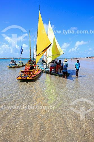 Jangadas na Praia de Porto de Galinhas  - Ipojuca - Pernambuco (PE) - Brasil