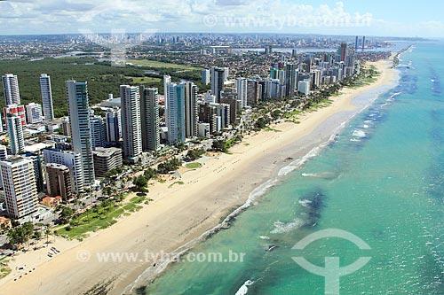 Foto aérea da orla da Praia da Boa Viagem  - Recife - Pernambuco (PE) - Brasil