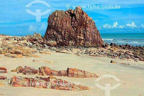 Formação rochosa conhecida como Serrote na Praia de Jericoacoara  - Jijoca de Jericoacoara - Ceará (CE) - Brasil