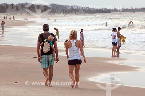Banhistas na Praia de Cumbuco  - Caucaia - Ceará (CE) - Brasil