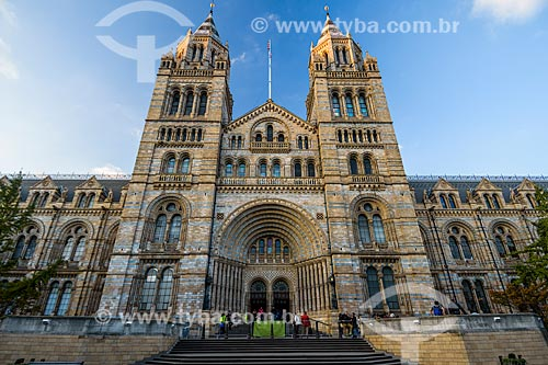 Fachada do Museu de História Natural de Londres (1881)  - Londres - Grande Londres - Inglaterra
