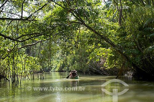 Canoa no Igarapé dos Limões  - Soure - Pará (PA) - Brasil