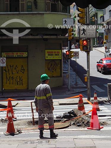 Canteiro de obras na Avenida Borges de Medeiros  - Porto Alegre - Rio Grande do Sul (RS) - Brasil