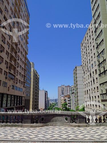 Vista de prédios a partir do Viaduto Otávio Rocha (1932) sobre a Avenida Borges de Medeiros  - Porto Alegre - Rio Grande do Sul (RS) - Brasil