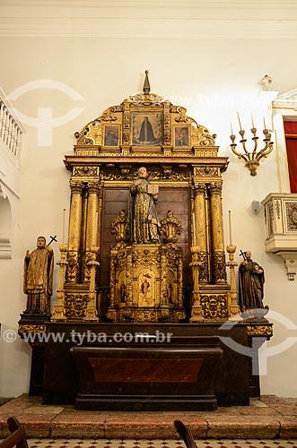 Retábulo (Século XVII) da antiga Igreja de Santo Inácio do Colégio dos Jesuítas do Morro do Castelo - Altar de Santo Inácio - Igreja de Nossa Senhora do Bonsucesso (1780)  - Rio de Janeiro - Rio de Janeiro (RJ) - Brasil