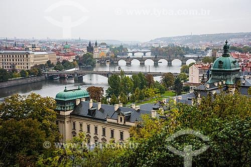Vista do Rio Moldava com a cidade de Praga ao fundo  - Praga - Região da Boêmia Central - República Tcheca