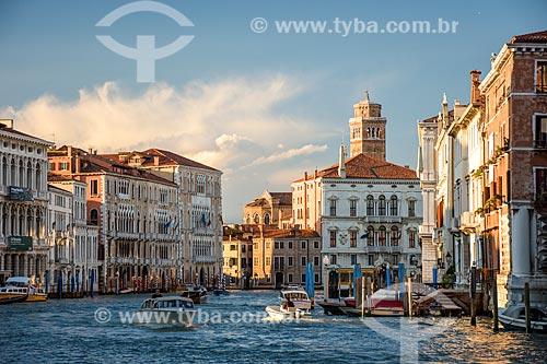 Barcos no Grande Canal de Veneza  - Veneza - Província de Veneza - Itália