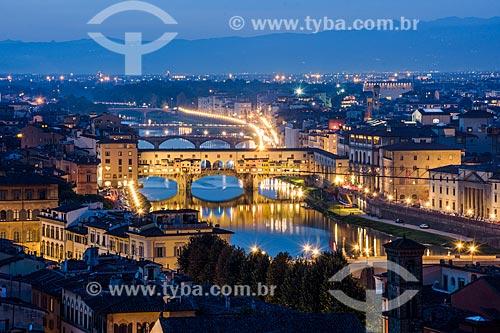 Vista da Ponte Vecchio durante o pôr do sol  - Florença - Província de Florença - Itália
