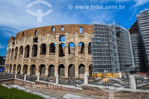 Fachada do Coliseu - também conhecido como Anfiteatro Flaviano  - Roma - Província de Roma - Itália