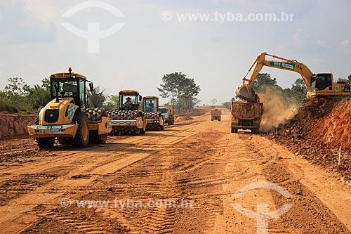 Construção de estrada próximo à Porto Velho  - Porto Velho - Rondônia (RO) - Brasil