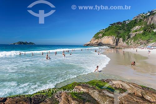 Banhistas na Praia da Joatinga  - Rio de Janeiro - Rio de Janeiro (RJ) - Brasil