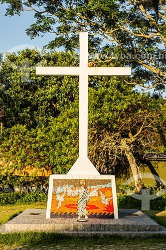 Cruz no Parque Aníbal da Rocha Nunes Pires - Ponta do Sambaqui  - Florianópolis - Santa Catarina (SC) - Brasil