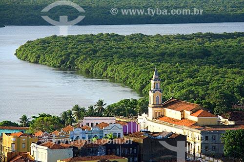 Vista da Igreja de São Frei Pedro Gonçalves (1840) com o Rio Sanhauá ao fundo  - João Pessoa - Paraíba (PB) - Brasil
