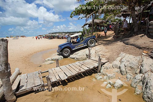 Passeio turístico na orla da Praia Bela  - Pitimbu - Paraíba (PB) - Brasil