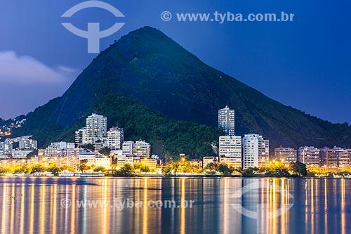 Vista da Lagoa Rodrigo de Freitas com o Morro do Sacopã ao fundo  - Rio de Janeiro - Rio de Janeiro (RJ) - Brasil