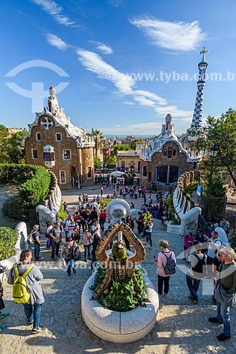 Turistas no Parque Güell  - Barcelona - Província de Barcelona - Espanha
