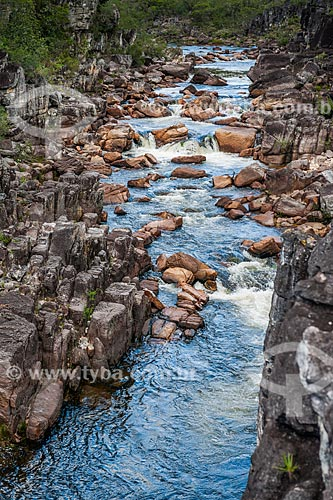 Rio Negro próximo à Cachoeira dos Carioquinhas no Parque Nacional da Chapada dos Veadeiros  - Alto Paraíso de Goiás - Goiás (GO) - Brasil