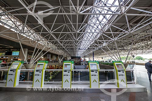 Terminais de autoatendimento no Aeroporto Internacional Juscelino Kubitschek (1957)  - Brasília - Distrito Federal (DF) - Brasil