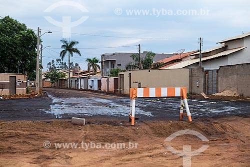 Canteiro de obras para a pavimentação de rua em área residencial na quadra 307 Sul  - Palmas - Tocantins (TO) - Brasil