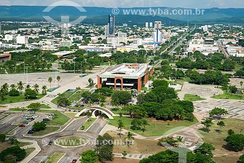Foto aérea da Praça dos Girassóis com o Palácio Araguaia (1991) - sede do Governo do Estado  - Palmas - Tocantins (TO) - Brasil