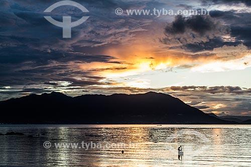 Pôr do sol na Praia do Ribeirão da Ilha  - Florianópolis - Santa Catarina (SC) - Brasil