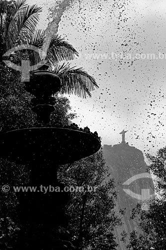 Chafariz das Musas no Jardim Botânico do Rio de Janeiro com o Cristo Redentor (1931) ao fundo  - Rio de Janeiro - Rio de Janeiro (RJ) - Brasil