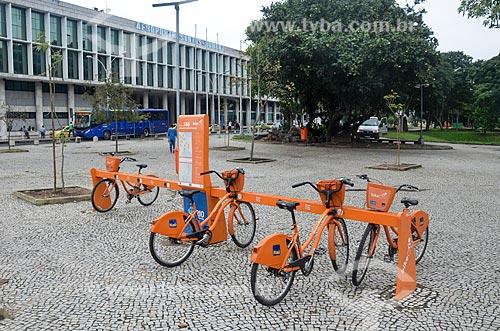 Bicicletas públicas - para aluguel - próximo ao Aeroporto Santos Dumont (1936)  - Rio de Janeiro - Rio de Janeiro (RJ) - Brasil