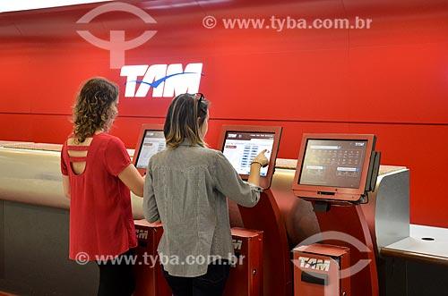 Terminal de autoatendimento da TAM Linhas Aéreas no Aeroporto Santos Dumont  - Rio de Janeiro - Rio de Janeiro (RJ) - Brasil