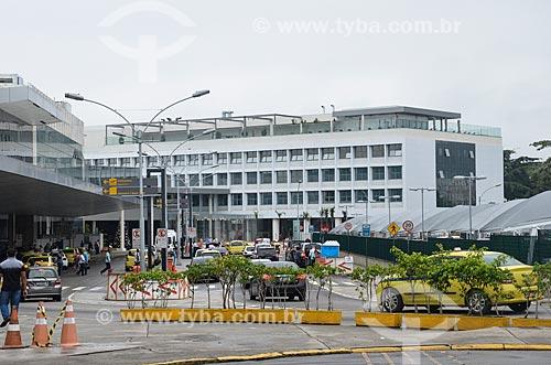 Aeroporto Santos Dumont - à esquerda - com o Bossa Nova Mall ao fundo  - Rio de Janeiro - Rio de Janeiro (RJ) - Brasil
