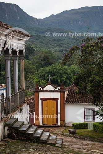 Capela dos Passos da Paixão (1740) com a Câmara Municipal de Tiradentes à esquerda  - Tiradentes - Minas Gerais (MG) - Brasil