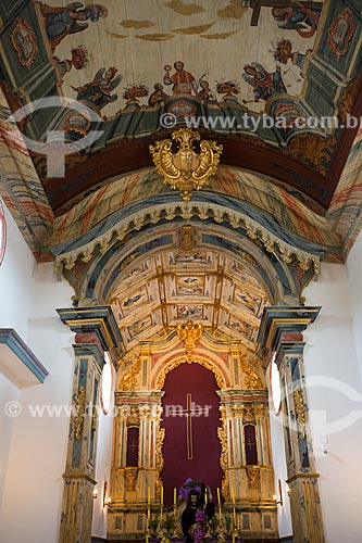 Detalhe do teto e altar da Igreja de Nossa Senhora das Mercês (século XVIII)  - Tiradentes - Minas Gerais (MG) - Brasil
