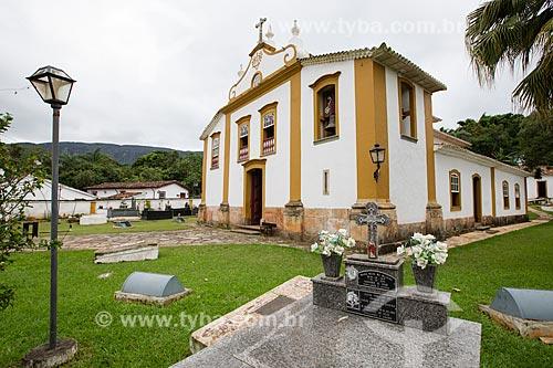Túmulo no cemitério da Igreja de Nossa Senhora das Mercês (século XVIII)  - Tiradentes - Minas Gerais (MG) - Brasil