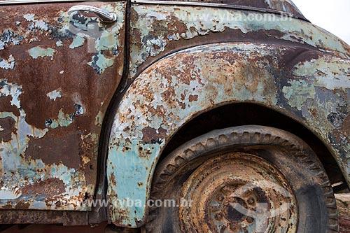 Detalhe de sucata de carro no ferro-velho  - Tiradentes - Minas Gerais (MG) - Brasil