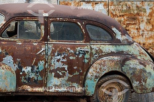 Sucata de carro no ferro-velho  - Tiradentes - Minas Gerais (MG) - Brasil