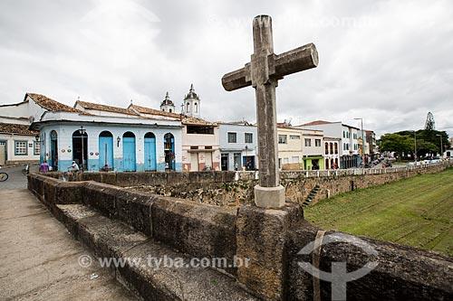 Cruz na Ponte do Rosário (1800) sobre o Córrego do Lenheiro  - São João del Rei - Minas Gerais (MG) - Brasil