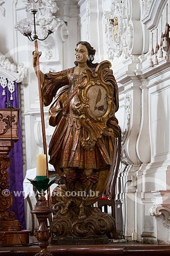 Escultura do Arcanjo Gabriel em madeira no altar da Igreja de Nossa Senhora do Carmo (1732)  - São João del Rei - Minas Gerais (MG) - Brasil