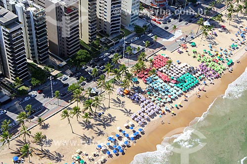 Foto aérea da orla da Praia de Boa Viagem  - Recife - Pernambuco (PE) - Brasil