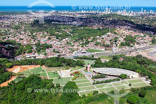 Foto aérea do Cemitério Morada da Paz  - Olinda - Pernambuco (PE) - Brasil