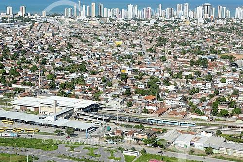 Foto aérea da Estação Cajueiro Seco do Metrô de Porto Alegre  - Jaboatão dos Guararapes - Pernambuco (PE) - Brasil
