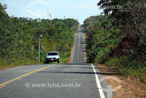 Trecho da Rodovia AM-352 entre as cidades de Novo Airão e Manacapuru  - Novo Airão - Amazonas (AM) - Brasil
