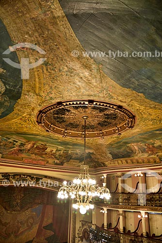 Detalhe de lustre no interior do Teatro Amazonas (1896)  - Manaus - Amazonas (AM) - Brasil