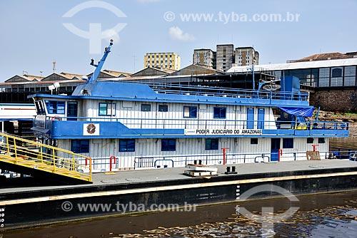 Barco do Poder Judiciário atracado no Porto de Manaus  - Manaus - Amazonas (AM) - Brasil