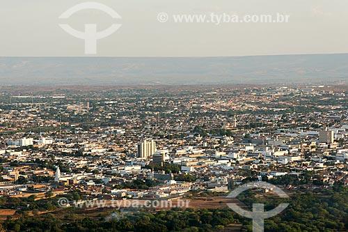 Vista da cidade de Juazeiro do Norte à partir do morro do Horto - Chapada do Araripe ao fundo  - Juazeiro do Norte - Ceará (CE) - Brasil