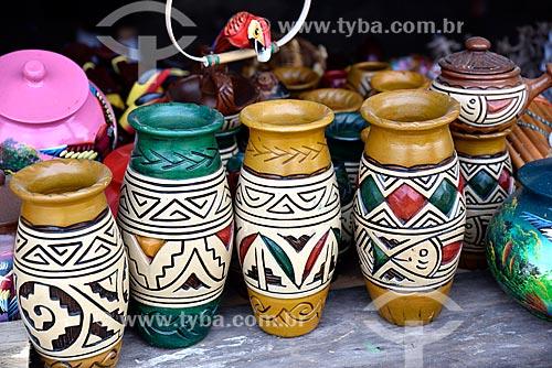 Vasos de cerâmica à venda no Mercado Municipal Adolpho Lisboa (1883)  - Manaus - Amazonas (AM) - Brasil