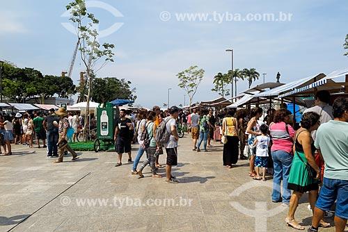 Feira Junta Local - formada por pequenos agricultores rurais e urbanos locais - na Praça Mauá  - Rio de Janeiro - Rio de Janeiro (RJ) - Brasil
