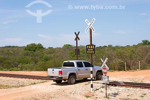 Passagem de nível da Ferrovia Transnordestina  - Salgueiro - Pernambuco (PE) - Brasil