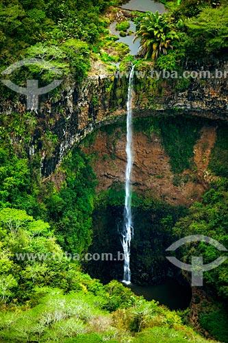 Vista geral da Cachoeira de Chamarel  - Distrito de Black River - Maurício