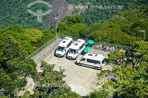 Estacionamento das vans utilizadas no transporte para o Cristo Redentor  - Rio de Janeiro - Rio de Janeiro (RJ) - Brasil